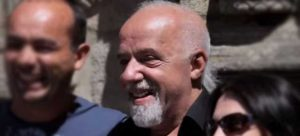 paul-coelho-alchimiste-documentaire-1
