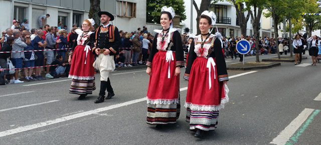 festival-interceltique-lorient-2017-grande-parade-nations-celtes-videos-photos-nanook-webzine-culture-bretagne-morbihan-A