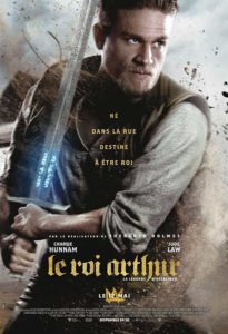 Le-Roi-Arthur-La-legende-d-Excalibur-Guy-Ritchie-chronique-cinema-film-Jude-Law-Charlie-Hunnam-1