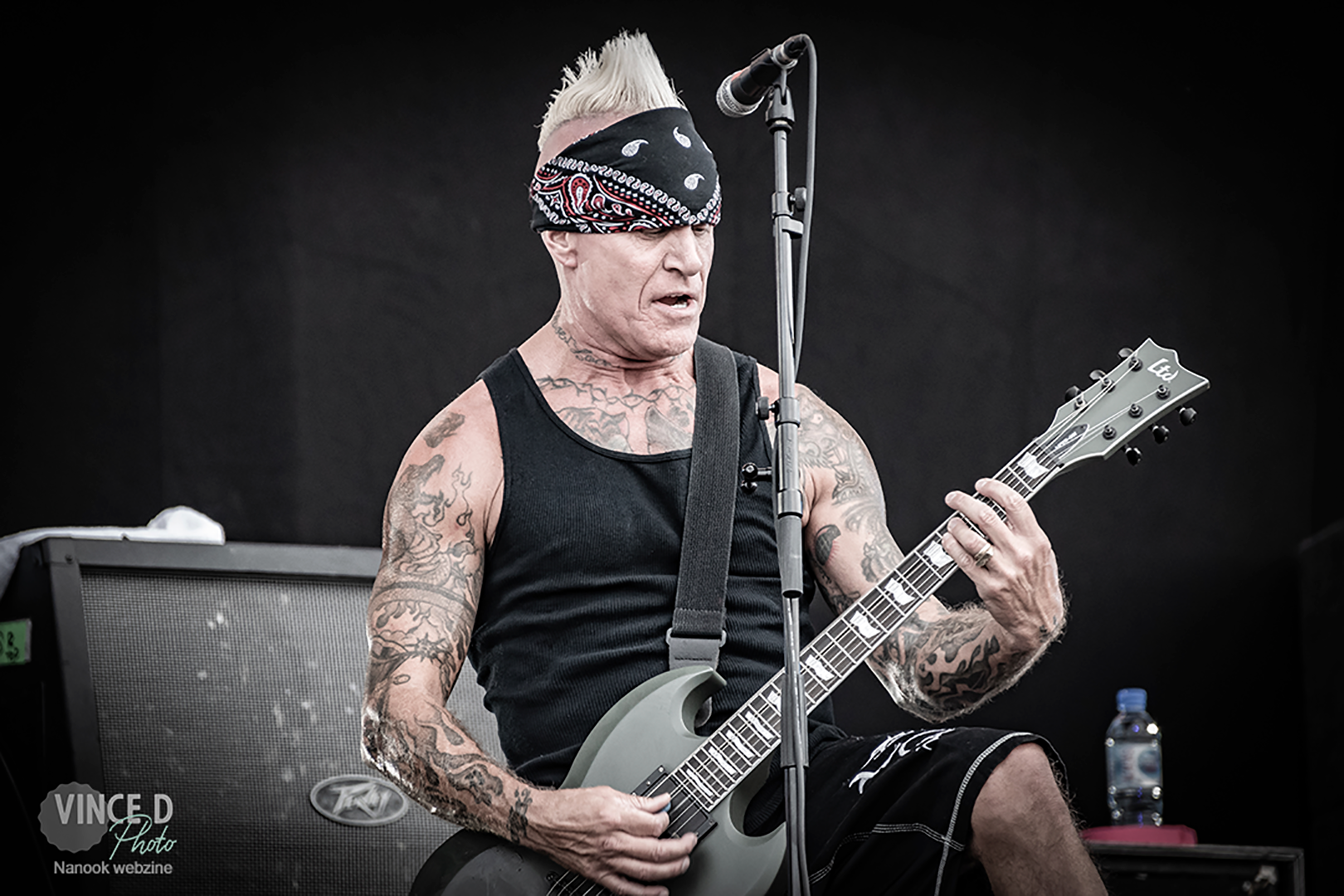 nanook-webzine-festival-hellfest-photos-concerts-report-Driancourt_vincedphoto_KNOTFEST_Sick-of-it-all_guitarist